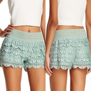🔥SALE🔥 EUC Faux suede shorts